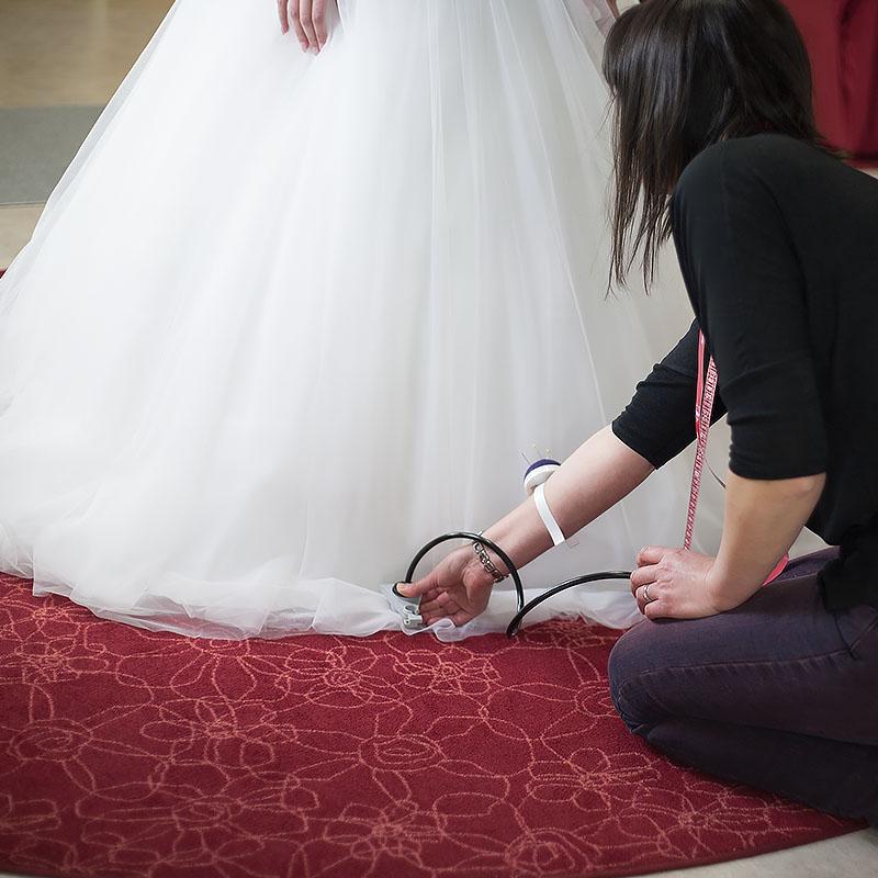 Berühmt änderungen Brautkleid Bilder - Brautkleider Ideen - cashingy ...